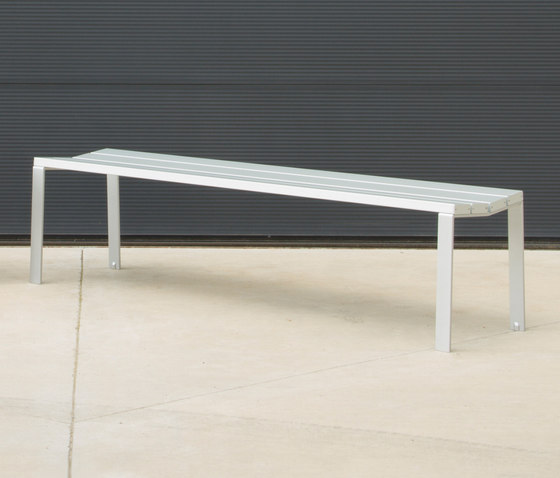 Harpo Backless Bench by Santa & Cole | Exterior benches