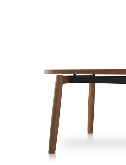 Galileo table by PORRO | Restaurant tables