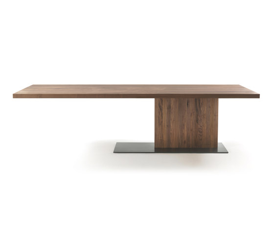 Liam Wood by Riva 1920 | Restaurant tables