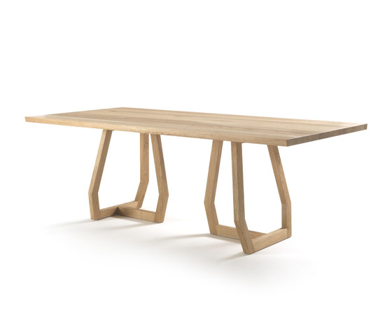Pan by Riva 1920 | Restaurant tables