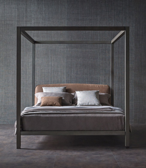 Ari bed by Flou | Four poster beds