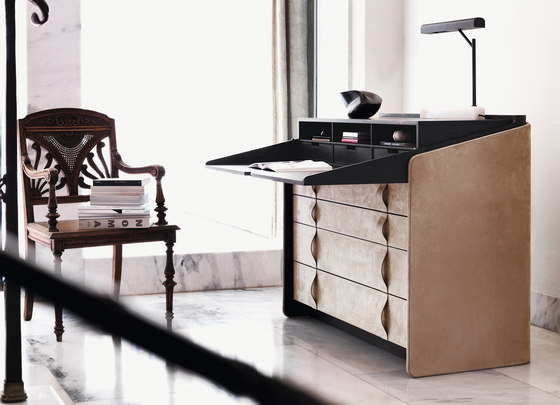 Gentleman secrétaire-writing desk by Flou | Desks