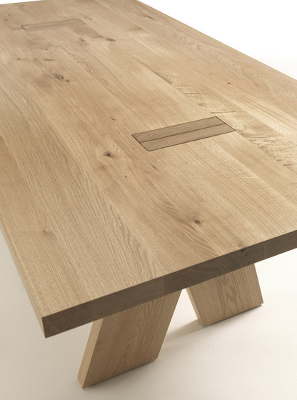 Jedi by Riva 1920 | Restaurant tables