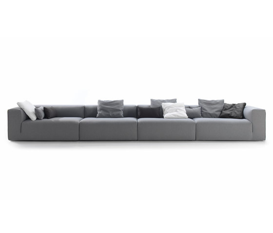 Suit by BELTA & FRAJUMAR | Lounge sofas