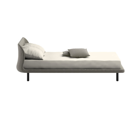 Peg Bed by Cappellini   Beds