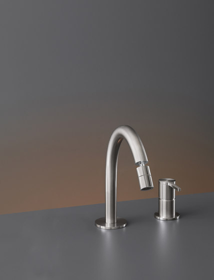 Innovo INV41 by CEADESIGN | Wash basin taps