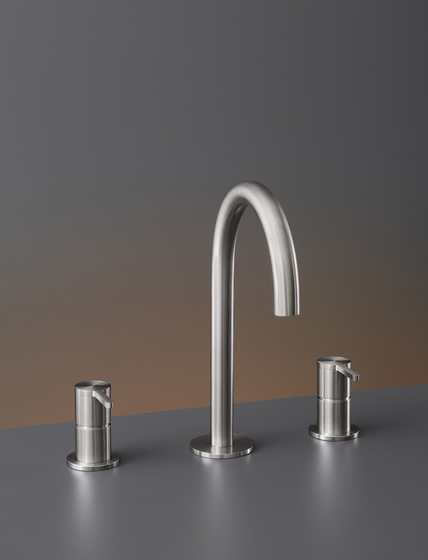 Innovo INV43 by CEADESIGN | Wash basin taps