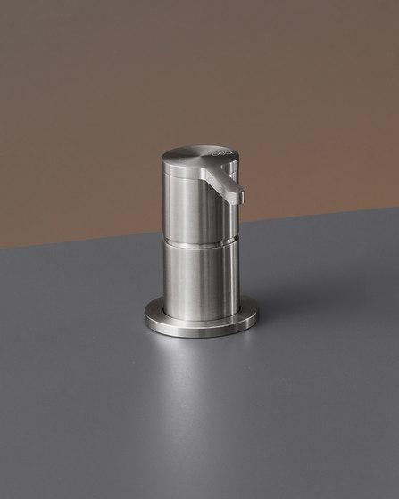 Innovo INV102 by CEADESIGN   Wash basin taps