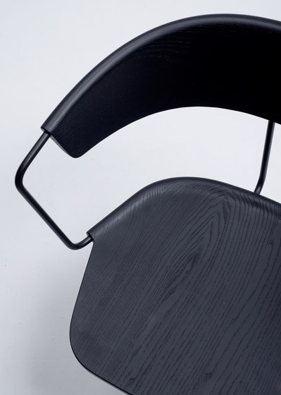Uncino version A | MC9 by Mattiazzi | Visitors chairs / Side chairs