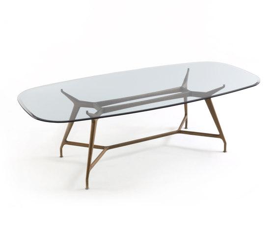 mirabeu ovale esstische von porada architonic. Black Bedroom Furniture Sets. Home Design Ideas