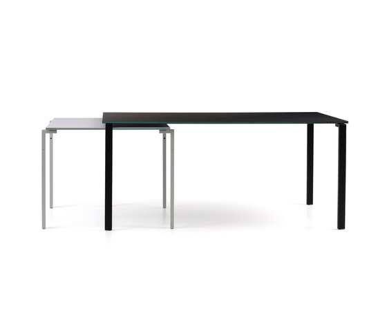W31_32 1=2 by Cassina | Individual desks