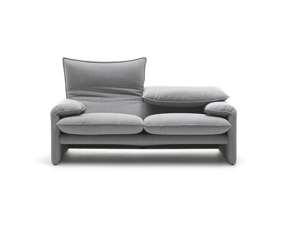 675 Maralunga 40 by Cassina | Lounge sofas