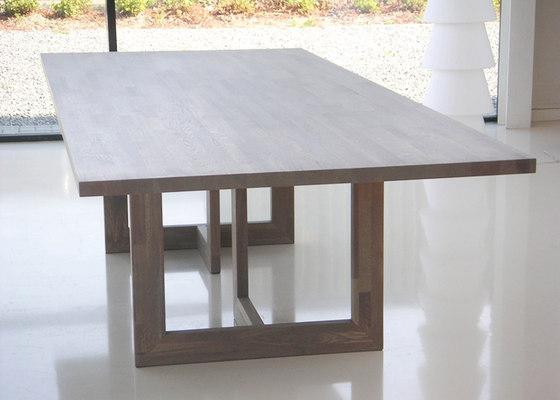 Oak All Size de dutchglobe | Tables de restaurant