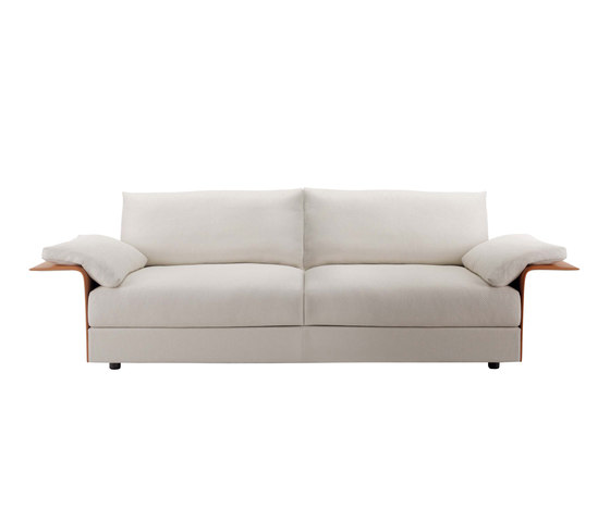 Hampton sofa by Fendi Casa | Lounge sofas