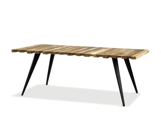 Mill Dining table by Mater | Restaurant tables