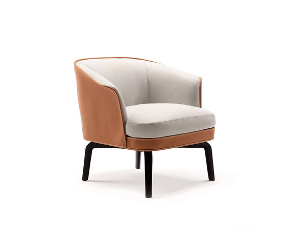 Nivola Armchair by Poltrona Frau | Lounge chairs