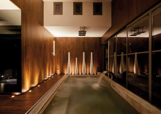 Parklex Walls and Ceilings Wet Internal | Walnut by Parklex | Wall veneers