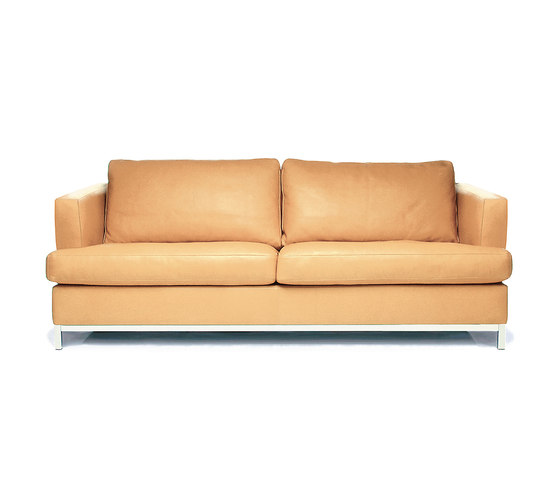 Mariott Sofa by Christine Kröncke | Lounge sofas