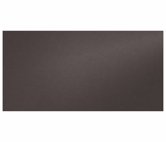 Foster iTOPKer Negro Bush-Hammered by INALCO | Ceramic panels