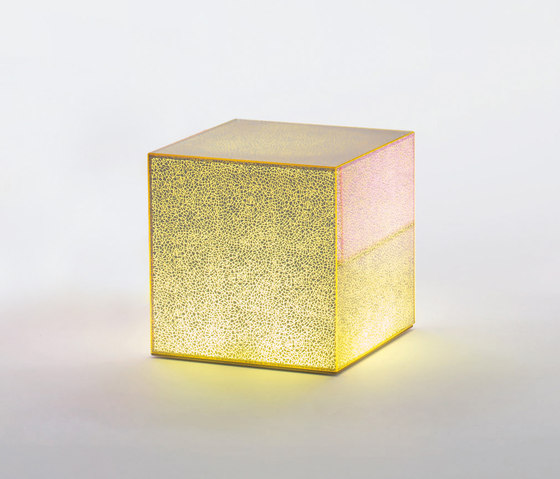 Crack by Glas Italia | Side tables