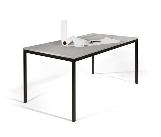 Fusio Modell 918 by Kim Stahlmöbel | Contract tables