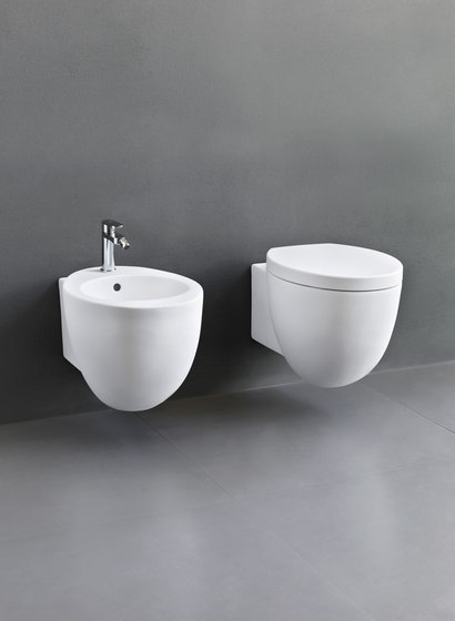 Le Giare wall-hung wc by Ceramica Cielo | Toilets