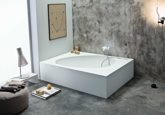 Aki angolo by Mastella Design | Bathtubs