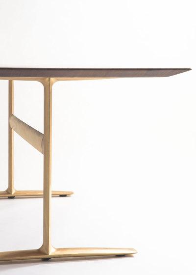 Bridge Across de Time & Style | Tables de restaurant