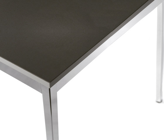 Primo Modell 901 by Kim Stahlmöbel   Contract tables