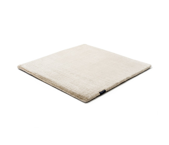 Suite PARIS Viscose frosty grey by kymo | Rugs / Designer rugs