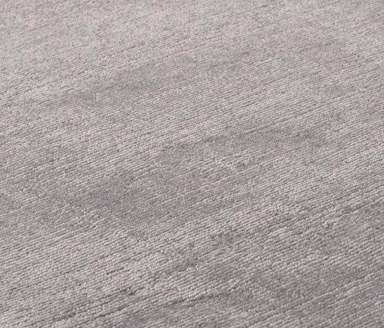 Mark 2 Wool grey sky von kymo | Formatteppiche