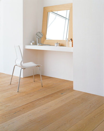 OAK Antique brushed | natural and white oil by mafi | Wood flooring