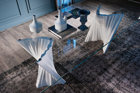 Plisset by Cattelan Italia | Dining tables