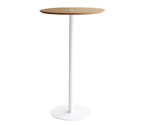 Núcleo by Punt Mobles   Standing tables