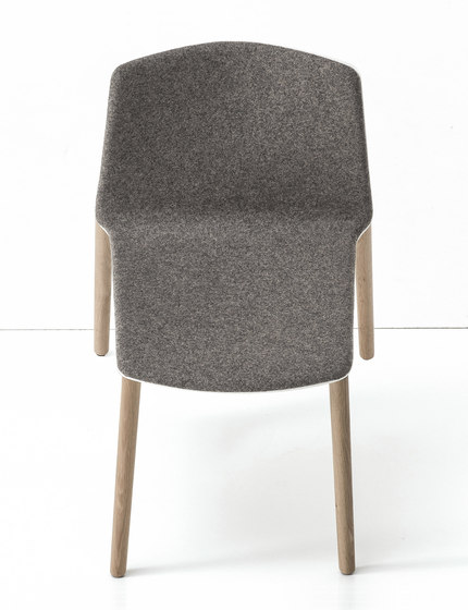 Rama Wood Base by Kristalia | Restaurant chairs