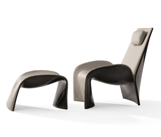 Eva Armchair with Footrest by Giorgetti | Lounge chairs