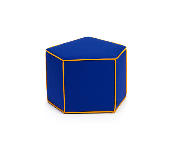 Cuzco pouf shape 1 de ZUZUNAGA | Poufs