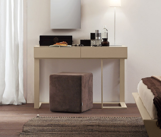Complementi Notte Swing_console_1 by Presotto | Console tables