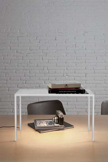 BlancoWhite R2 Table by Santa & Cole | Lighting objects