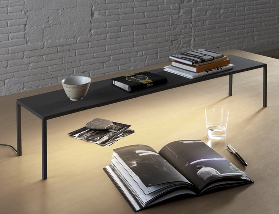 BlancoWhite R3 | Table by Santa & Cole | Lighting objects