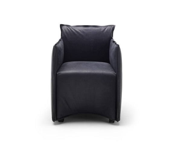 Medven small armchair by Eponimo | Lounge chairs