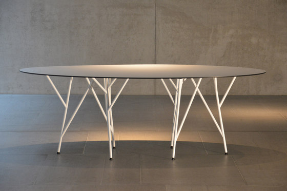 Astwerk table by jankurtz | Restaurant tables