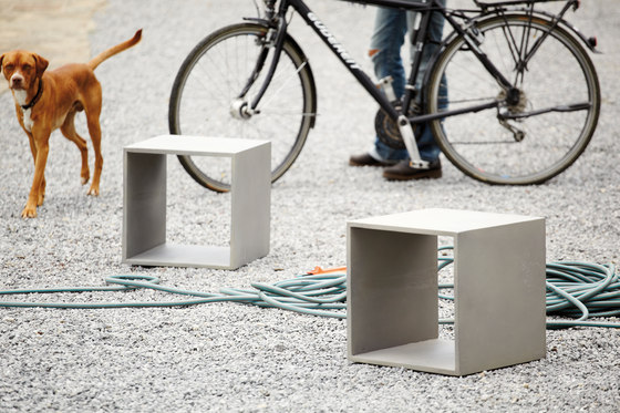 Beton side table by jankurtz | Side tables