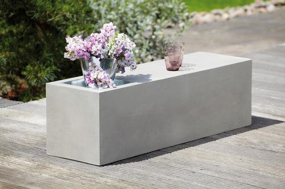 Beton bench with cinc tub by jankurtz | Benches