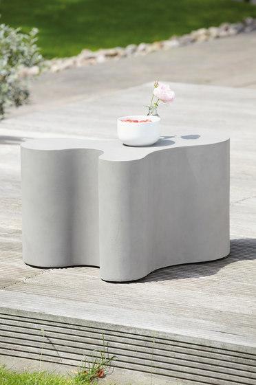 Beton Blob side table by jankurtz | Coffee tables