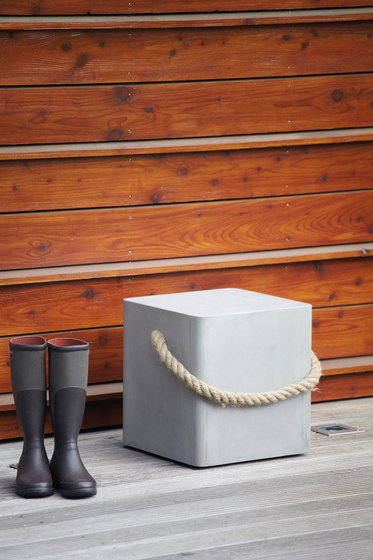 Beton Rope stool / side table by jankurtz | Side tables