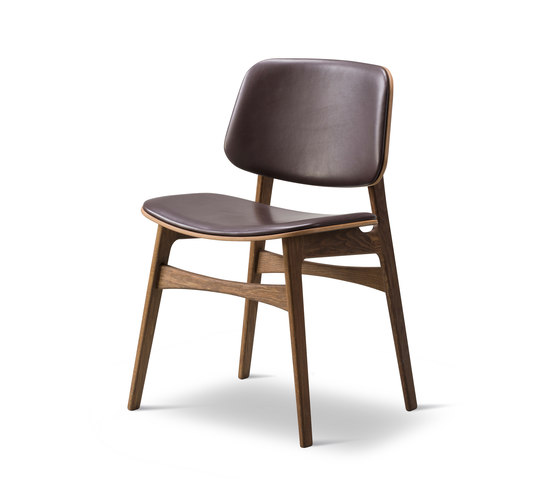 Søborg Wood Base - seat and back upholstered by Fredericia Furniture | Chairs