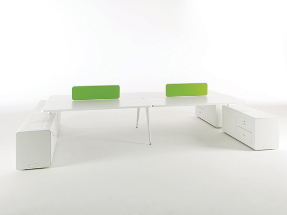 Beta duepuntozero by Tecno | Contract tables