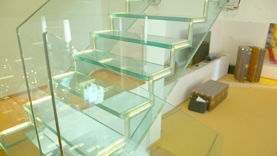Londra Glass by Siller Treppen | Staircase systems