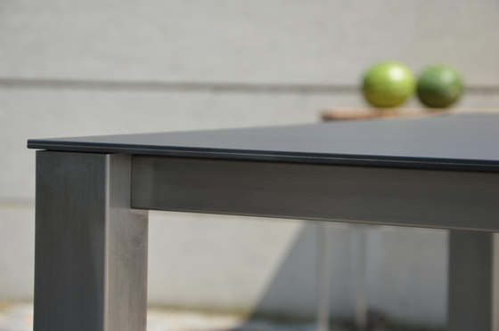 Lux Base table by jankurtz | Dining tables